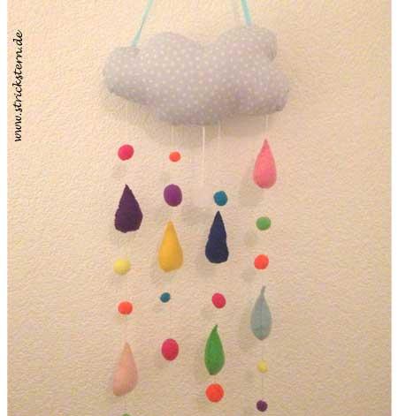 Spieluhr nähen mit Wolken und bunten Regentropfen