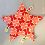 Knistertuch nähen – Babyspielzeug DIY