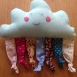 Babyspielzeug nähen: Wolken-Rassel